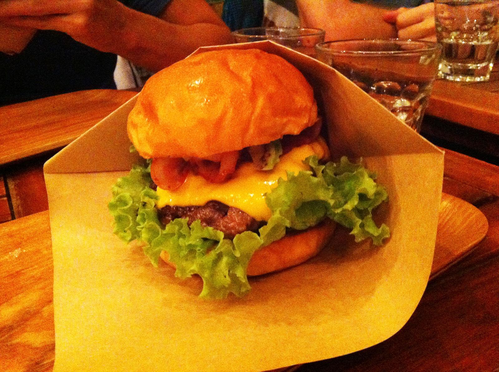 Burger Bro's Restaurant, Da Nang