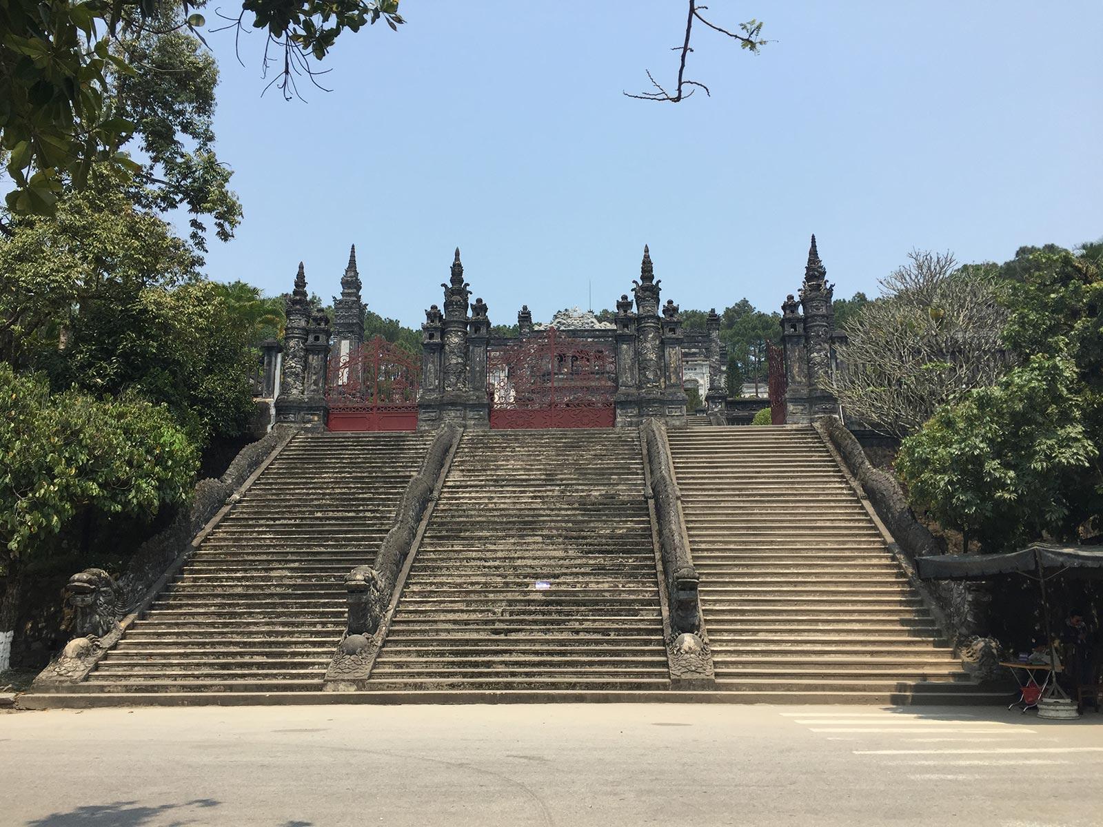 Grabstätte von Khai Dinh; Hue, Vietnam