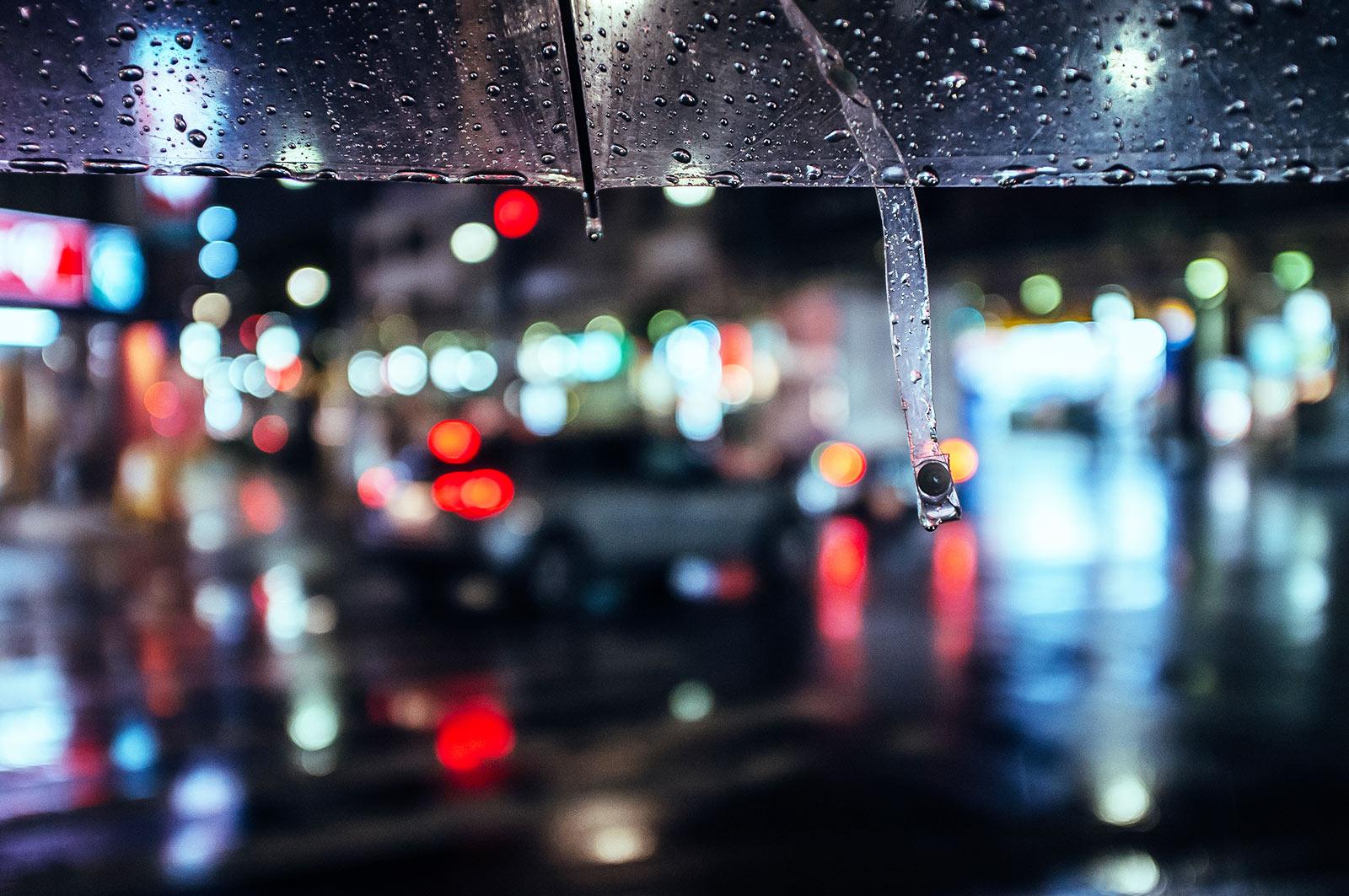 Deine ultimative Klamotten Packliste für kühle und regnerische Reiseziele