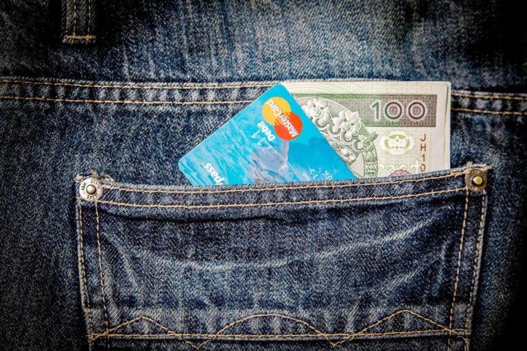 Geldverstecke auf Reisen; Bargeld und Kreditkarte auf Reisen