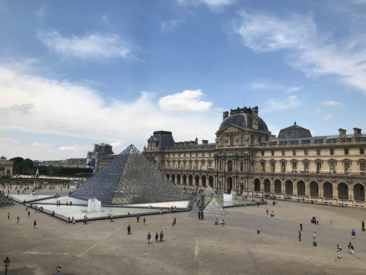Staedtereise nach Paris: Louvre