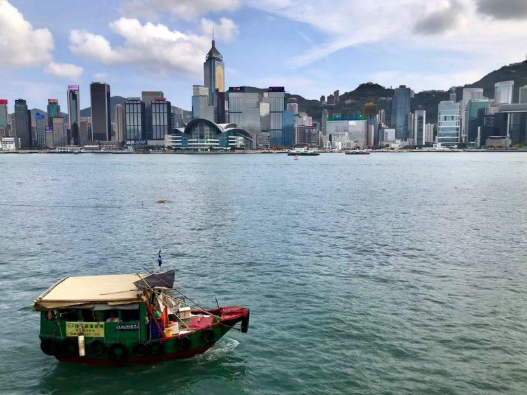 Hongkong Reisetipps: Hafen und Skyline