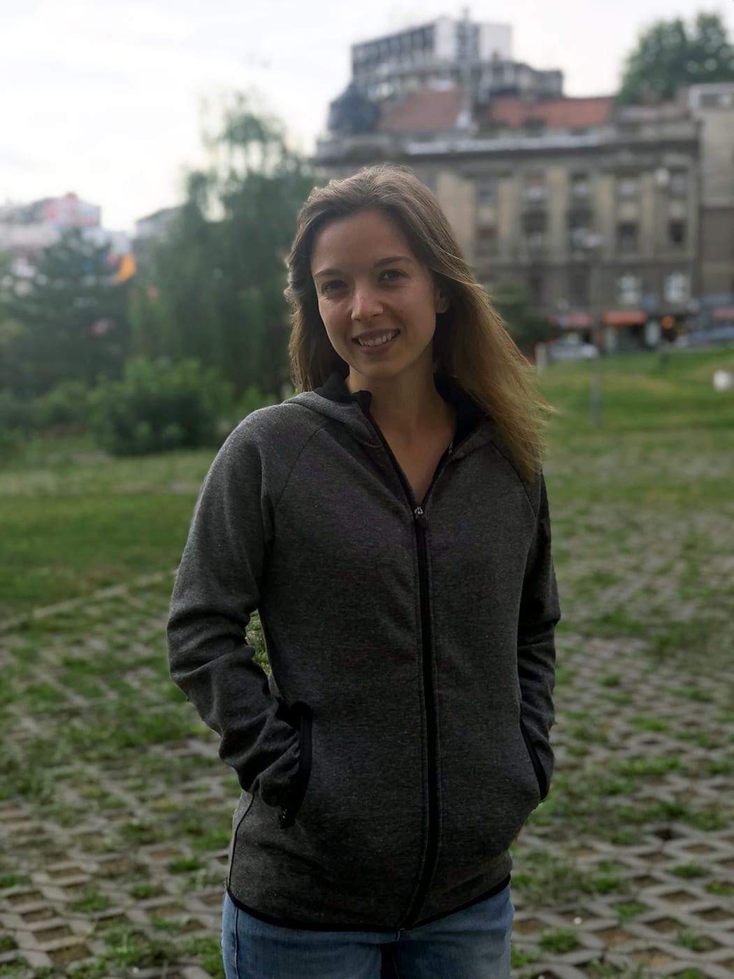 Die beste Jacke zum Reisen: Sweatjacke für Damen von Vittori Rossi
