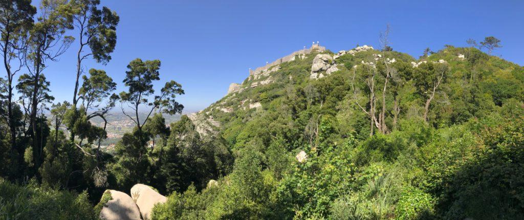 Blick auf Burg Mouros, Sintra.